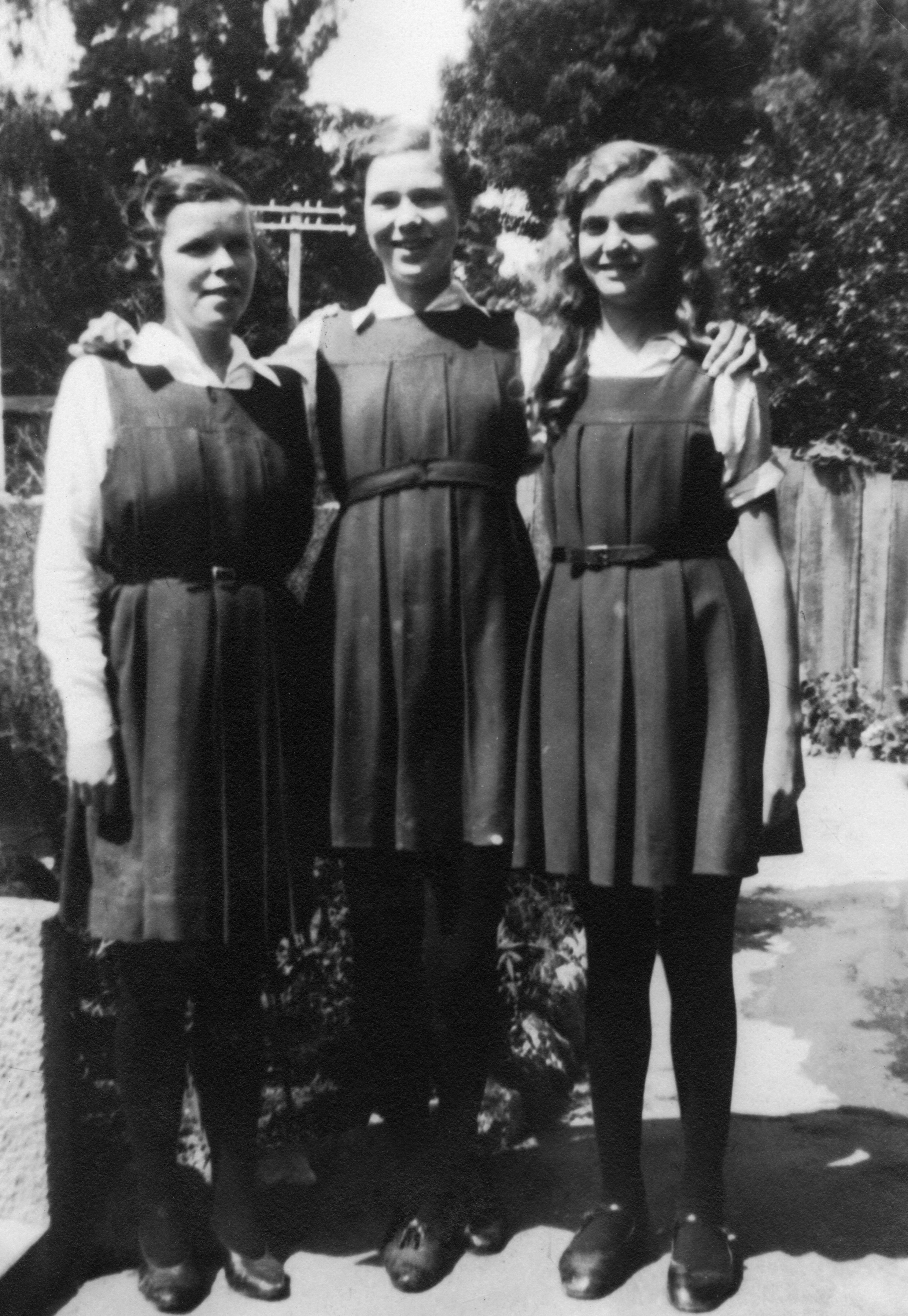 Robinson Sisters 1935 : Hawke's Bay Knowledge Bank